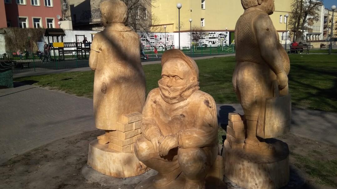 Janusz, Grażyna i Sebik w formie… rzeźby