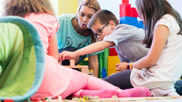 Oczyszczacze powietrza w przedszkolach (zdjęcie ilustracyjne)  Shutterstock