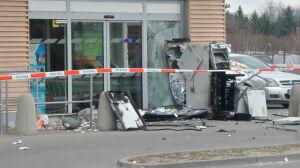 Nocna eksplozja przy sklepie. Ktoś wysadził bankomat
