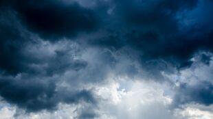 Pogoda na jutro: przelotny deszcz i burze, do 16 stopni Celsjusza